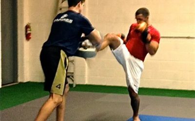 Muay Thai Kickboxing Develops Top Notch Conditioning